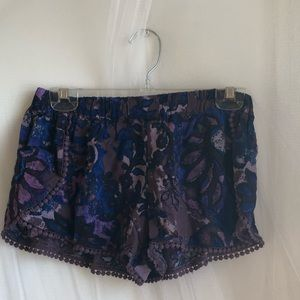 Floral patterned shorts